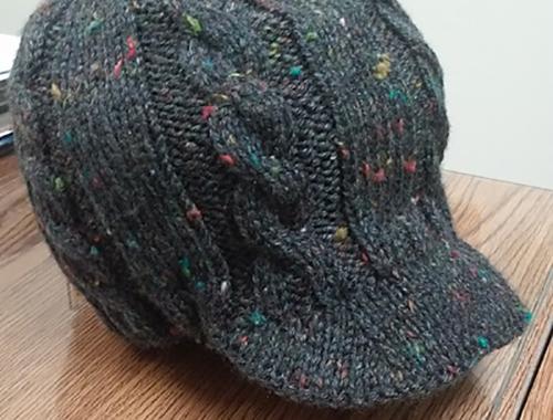 Tricoter un bonnet casquette