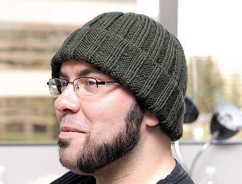 Bonnet à revers, brimmed hat